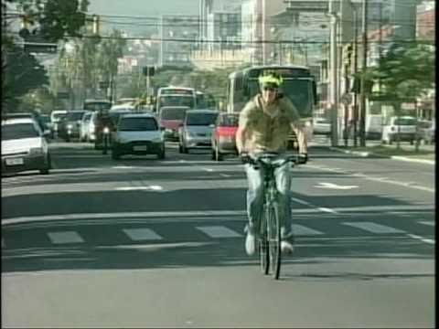 Batalha entre carros e bicicletas