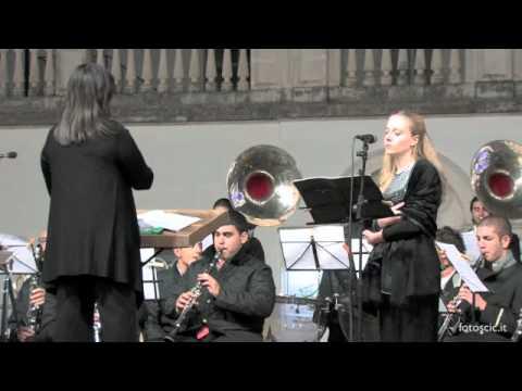 Canto della Salve Regina Soprano Elena Mignone Festa Madonna della Mercede Campi Salentina Fiera.m4v