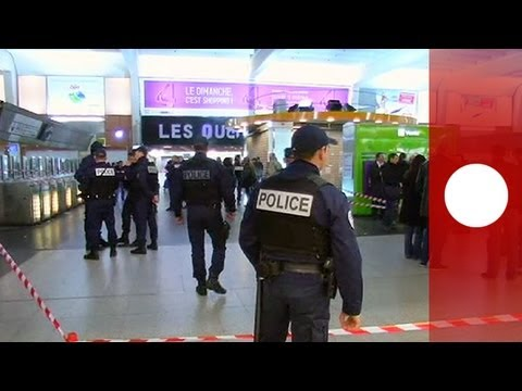 Police search for attacker after French soldier stabbing in Paris