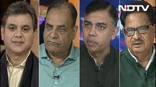 मुकाबला : क्या कांग्रेस को गठबंधन बनाने के लिए कम सीटों पर लड़ना होगा? - NDTV