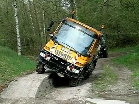 Mercedes-Benz Unimog U400 & U4000 Hard Test 2011 I Eurotruck Dealer Mercedes