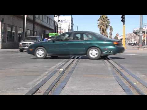 Accidentes con tren son poco  comunes pero con resultados fatales: Tránsito