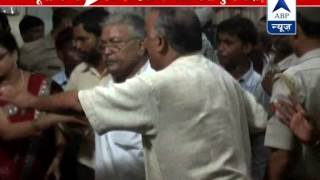 SP workers hooliganism l Suraj Pal Singh Yadav threatens SP l Demands his removal - ABPNEWSTV