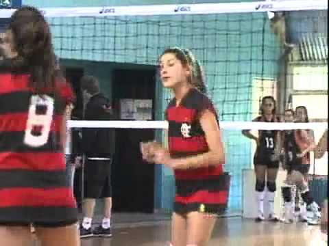 Sasha Meneghel em torneio de vôlei 30/10/2011 com xuxa