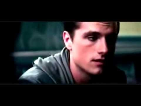 Catching Fire Scene - Peeta and Katniss Make Up On The Train