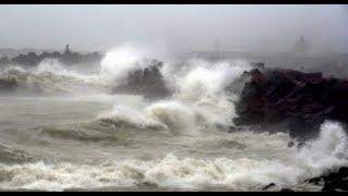 Morning Breaking: Cyclone Phethai hits Andhra Pradesh, 1 killed - ZEENEWS