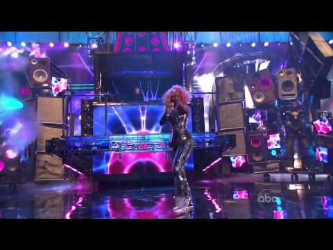 Nicki Minaj - 39th American Music Awards 2011