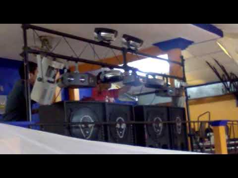 LUZ Y SONIDO ALIENS DJ TOÑO ARMADO DE EQUIPO los ARCOS ANEXO