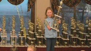 Eight-Year-Old Skier Born With 1 Hand Inspires Kids Across the Nation - ABCNEWS