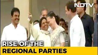 Watch: Sonia Gandhi, Mayawati Hug At Kumaraswamy Swearing-in Ceremony - NDTV