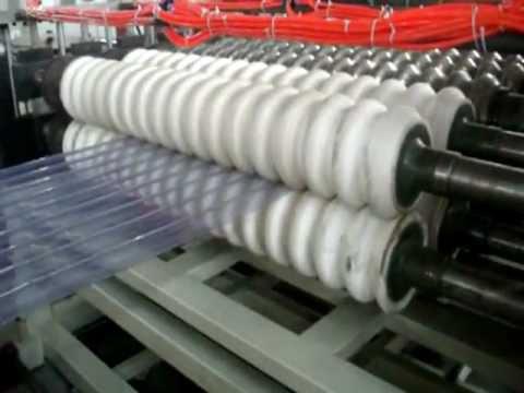 Fabricação de telhas de PVC (onduladas)