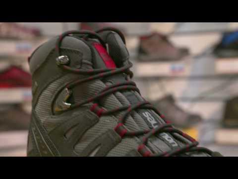 Solomon Quest Prime Walking Boots