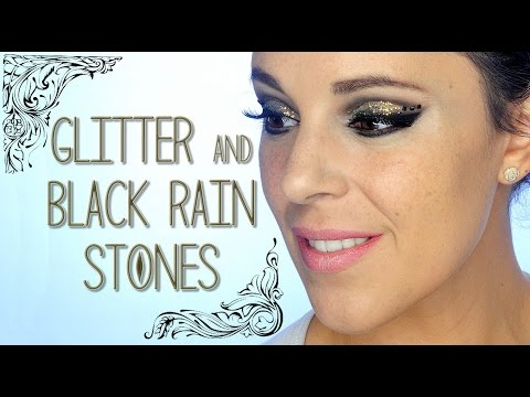 Glitter and black rhinestones Christmas makeup tutorial | Silvia Quiros