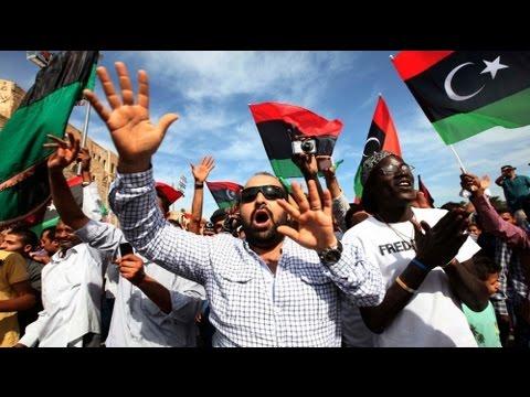 Trípoli celebra la muerte de Kadafi
