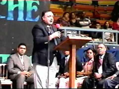 Jorge Raschke contra los G-12 y Falsos Apostoles (Fajardo)