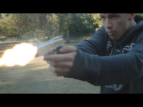 UserFilmsTV | Best Muzzle Flash Test!