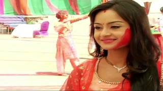 Watch: Simar's Holi with Shastri Sisters - IANSINDIA