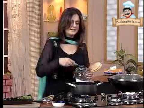 Food afternoon with Farah Hyderabadi Chicken Karahi -TR63EB-oQmk