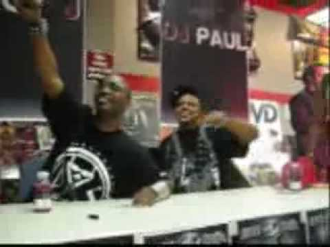 Three 6 Mafia Diss Kia Shine TO HIS FACE!!!