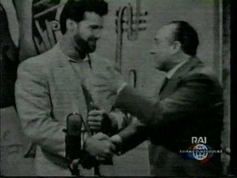 BODYBUILDER Steve Reeves on Late Nite Game show in Italy (+50 Years)