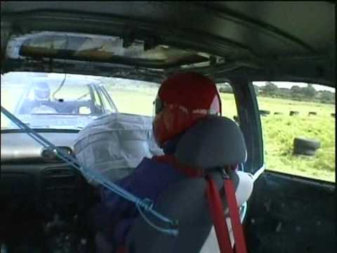 Jeremy Clarkson destroys a Hyundai Head to Head 1999