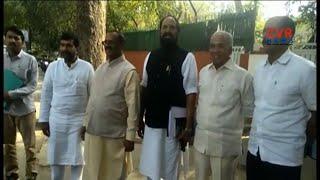 ఎన్నికలు ఎప్పుడు వచ్చినా సిద్ధంగా ఉండాలి : రాహుల్ గాంధీ : Uttam kumar meets Rahul Gandhi | CVR News - CVRNEWSOFFICIAL
