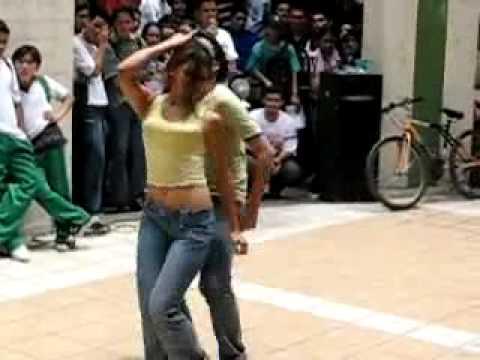 رقص خلاعي