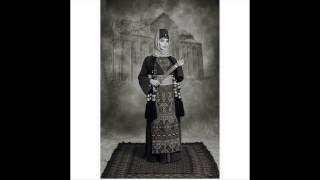 ماريا نالبنديان تحييّ علم أرمينيا في ذكرى استقلالها