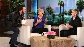 كريس إيفانز يفاجئ سكارليت جوهانسون على الهواء