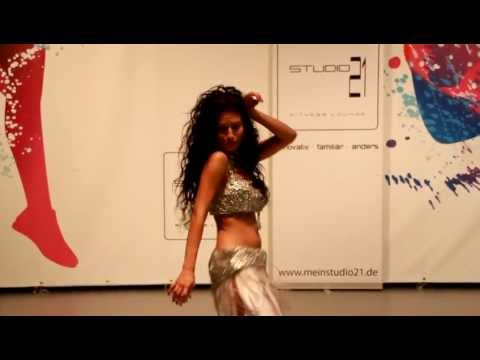 Habibi ya eini Arabic Dance