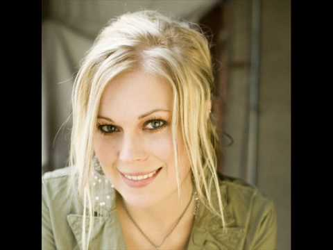 Vicky Beeching- Turn your eyes