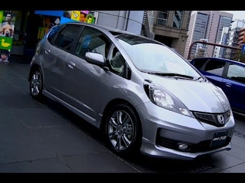 2011 Honda Fit / Jazz RS (silver)