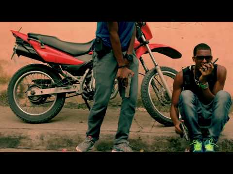 Quimico Ultra Mega Ft Toxic Crow - Asesino A Sueldo Video Oficial HD Dir By Complot Films