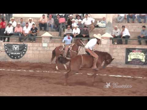 Mejores montas de yegua en Circuito Excelencia Charra 2013 3ra fase Aculco Estado de México