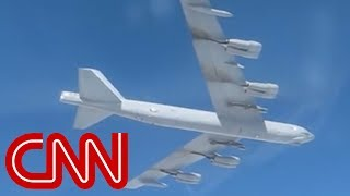 US B-52 bomber caught on Russian camera - CNN