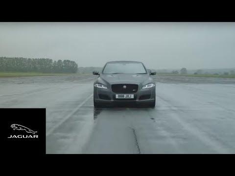Autoperiskop.cz  – Výjimečný pohled na auta - Nový Jaguar XJR575 byl uveden během rozhovoru, který trval pouhých 44 sekund