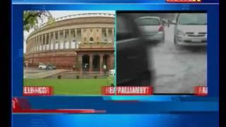 Heavy shower results in massive traffic  jam in Delhi-NCR - NEWSXLIVE
