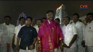 Some politicians And AP DGP Thakur Visits Tirumala Tirupati Devastanam | CVR NEWS - CVRNEWSOFFICIAL