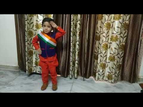 <p>नई दिल्ली, 15 अगस्त। राजधानी दिल्ली के उत्तम नगर स्थित सर्वप्रथम पाठशाला का छात्र कविश भाटिया घर पर ही स्वतंत्रता दिवस मनाता हुआ।</p>