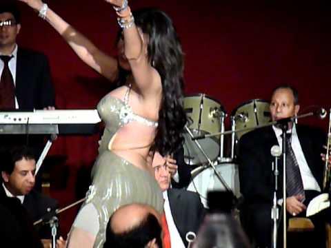 Dina - Egyptian Bellydancer - Semiramis Intercontinental, Cairo, November 2010 - part 3