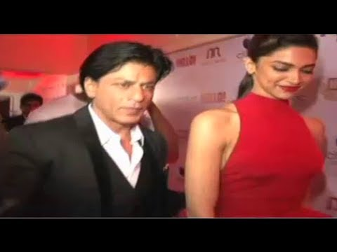 SRK And Deepika Padukone At Hello Magazine Awards