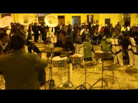 1 Parte: Salsa Aguanile   La Nueva Banda   Fiesta San Miguel 2012