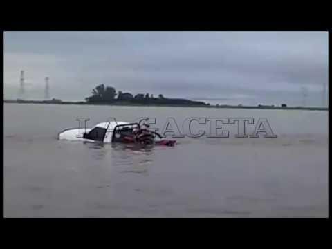 Video de la inundación en la autopista Rosario-Buenos Aires