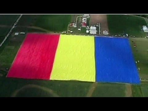 Maior bandeira do mundo é romena