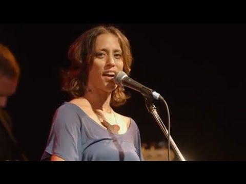 Aviva Chernik meets The Wandering Muse