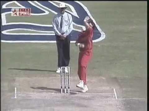 Sachin Tendulkar's Greatest Shot For 6 !!
