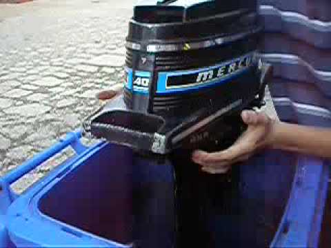 Mercury 4hp outboard vidoemo emotional video unity for Mercury 4 hp boat motor