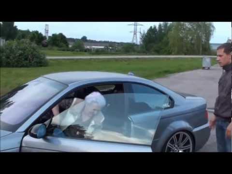 Avozinha rouba BMW para fazer uns...