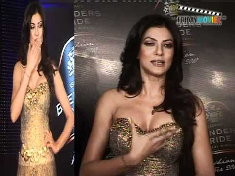 Bengali Beauty Sushmita Sen Walks The Ramp In A Vikram Phadnis Creation- HQ