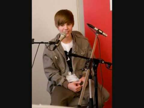 Soulja boy ft Justin Beiber - Rich Girl.flv (LYRICS!!!)